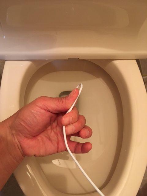 トイレつまり ハンガー